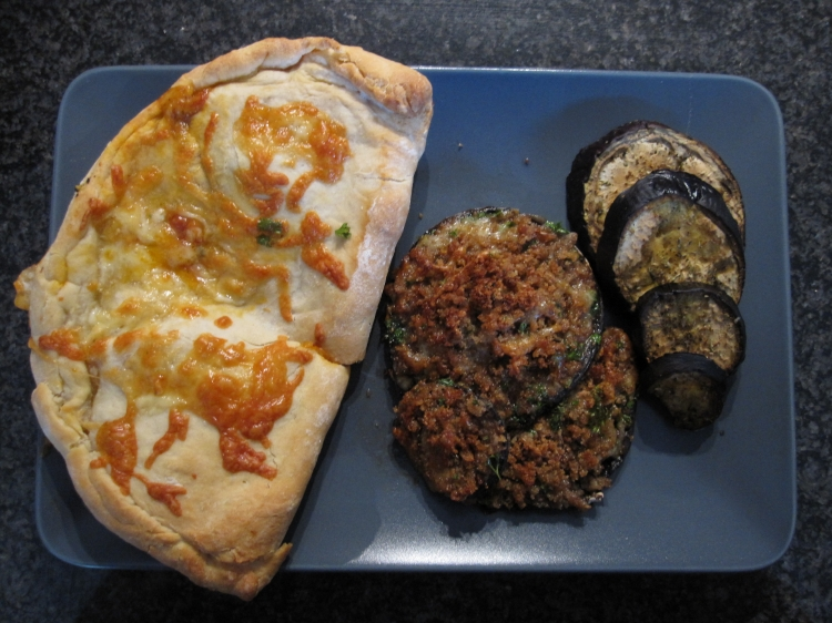Stuffed mushrooms with calzone and roasted aubergine